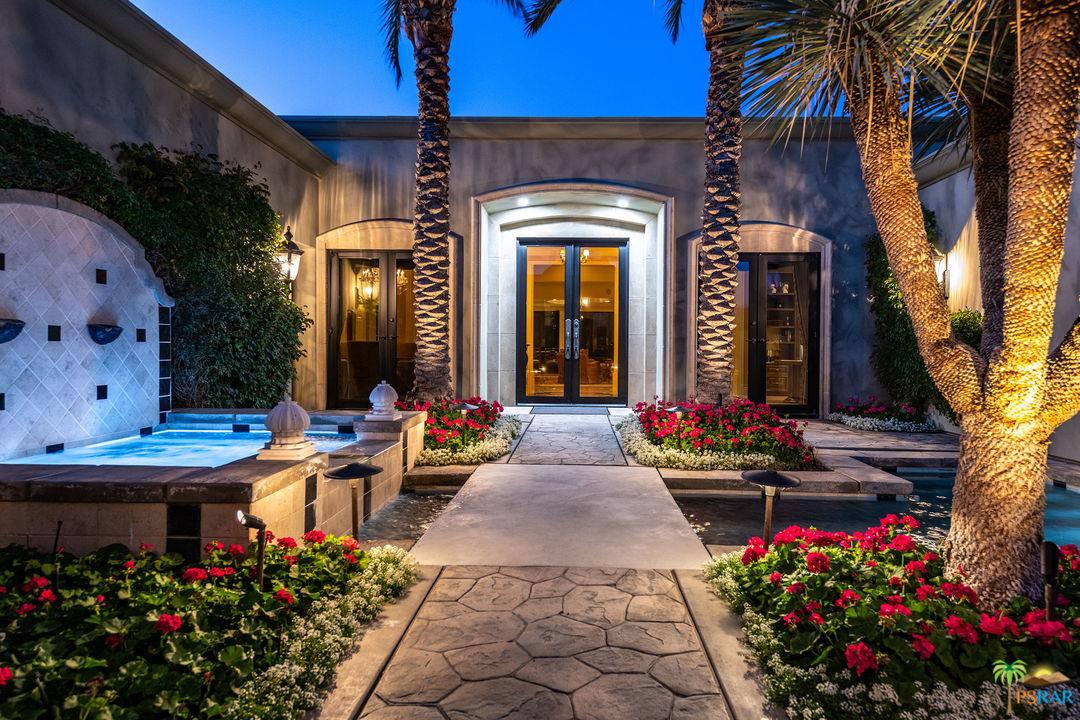 Photo of 142 WATERFORD Circle, Rancho Mirage, CA 92270