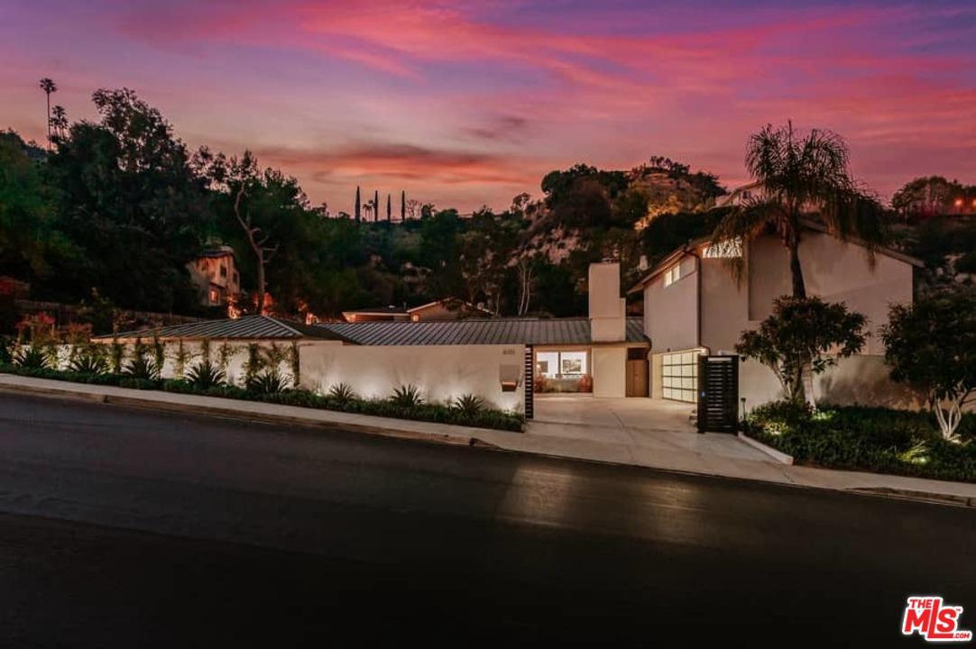 Photo of 16335 ROYAL HILLS Drive, Encino, CA 91436