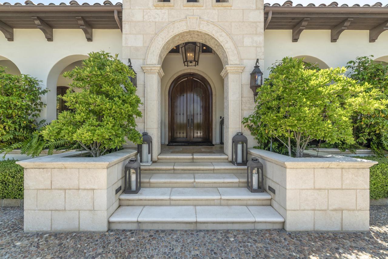 Photo of 2724 ELDEROAK Road, Thousand Oaks, CA 91361