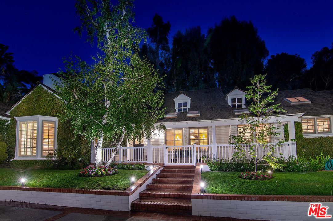 Photo of 1134 SAN YSIDRO Drive, Beverly Hills, CA 90210