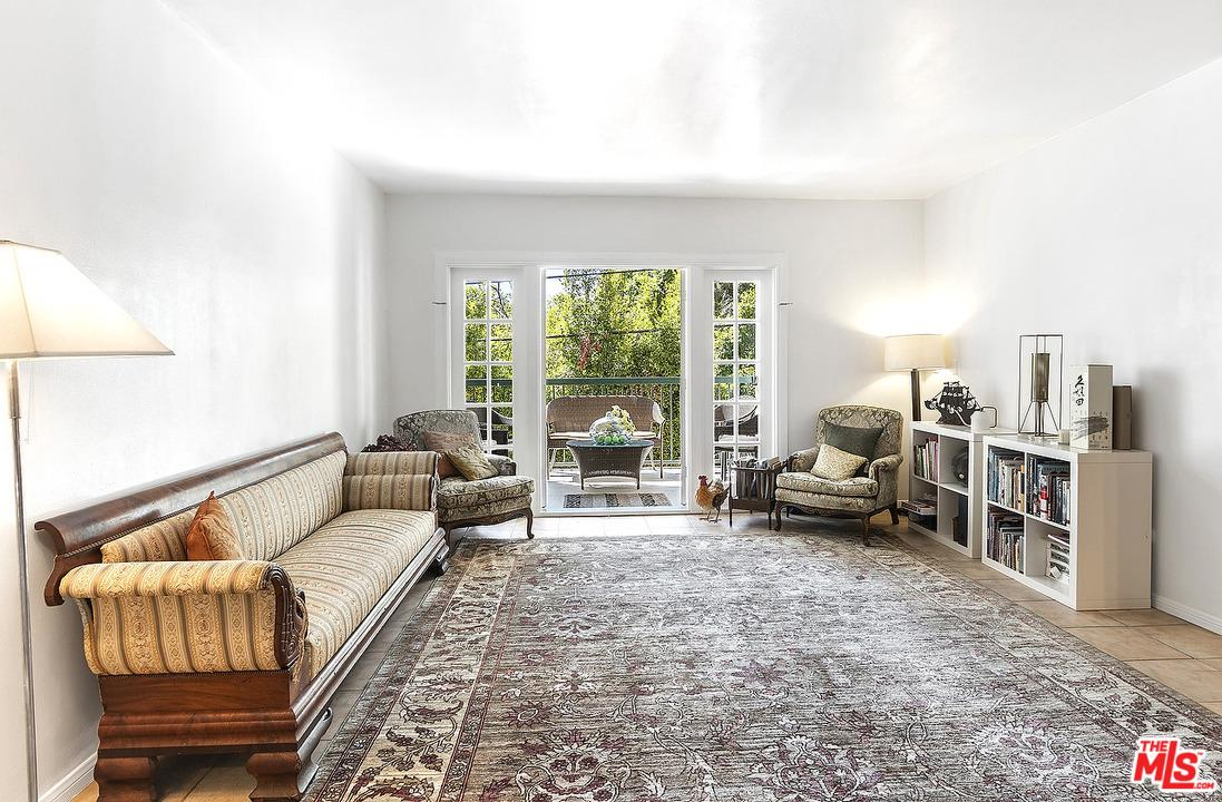 Photo of 8550 HOLLOWAY Drive #104, West Hollywood, CA 90069
