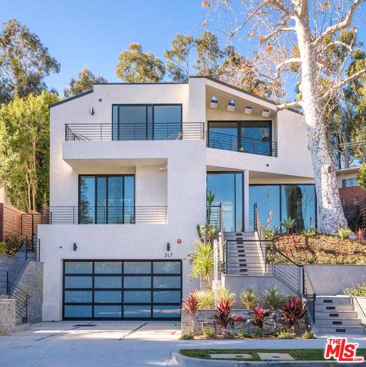 Photo of 267 BELOIT Avenue, Los Angeles, CA 90049