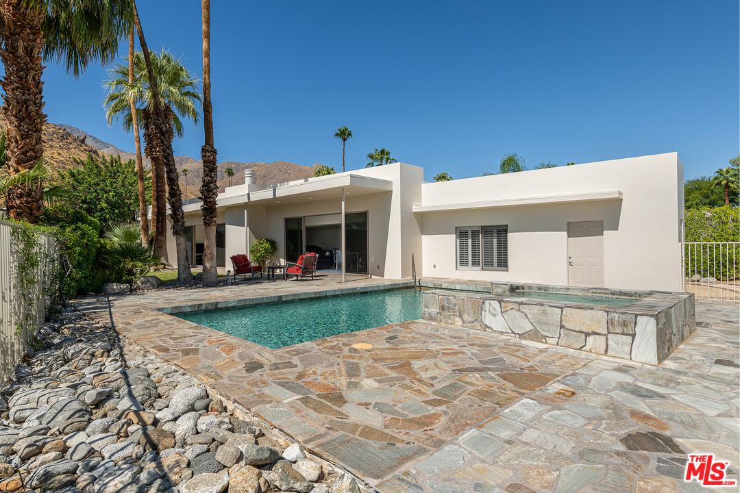 Photo of 855 West PANORAMA Road, Palm Springs, CA 92262