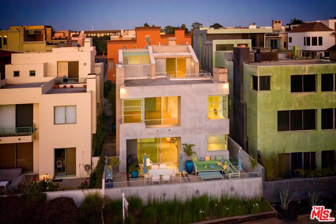 Photo of 5215 VIA DONTE, Marina Del Rey, CA 90292