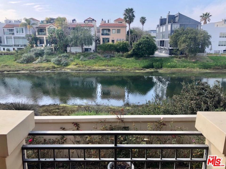 Photo of 5301 VIA DONTE, Marina Del Rey, CA 90292