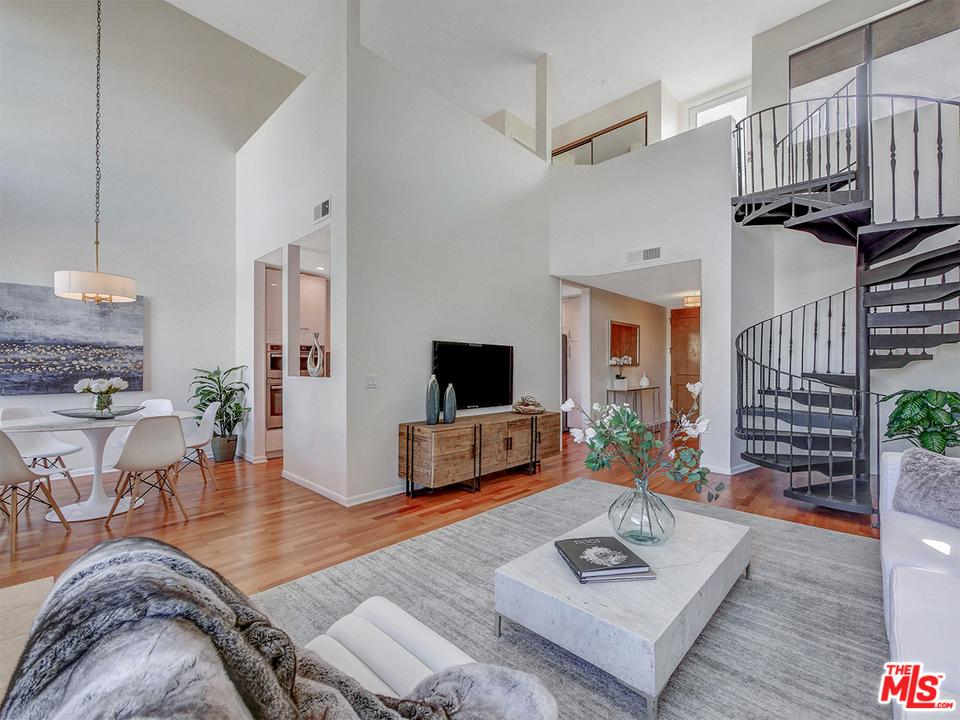 Photo of 1271 GRANVILLE Avenue #402, Los Angeles, CA 90025