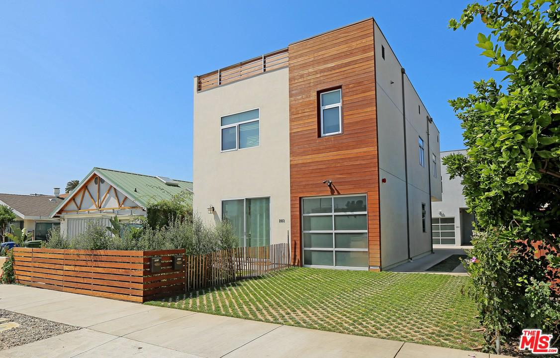 Photo of 2013 FEDERAL Avenue, Los Angeles, CA 90025