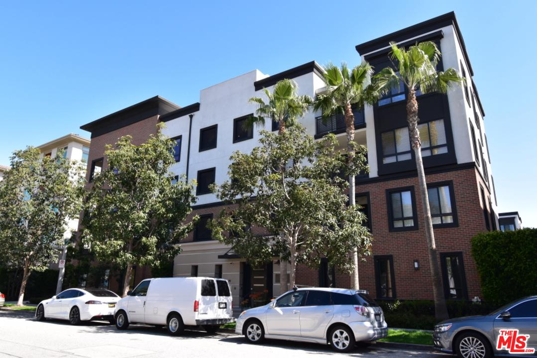 Photo of 12887 West RUNWAY Road #5, Playa Vista, CA 90094