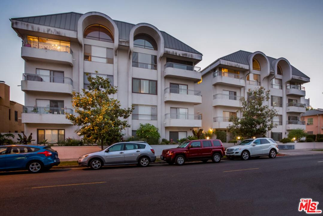 Photo of 221 South GALE Drive #104, Beverly Hills, CA 90211