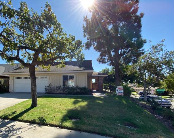 Photo of 176 GREEN VALE Drive, Camarillo, CA 93010