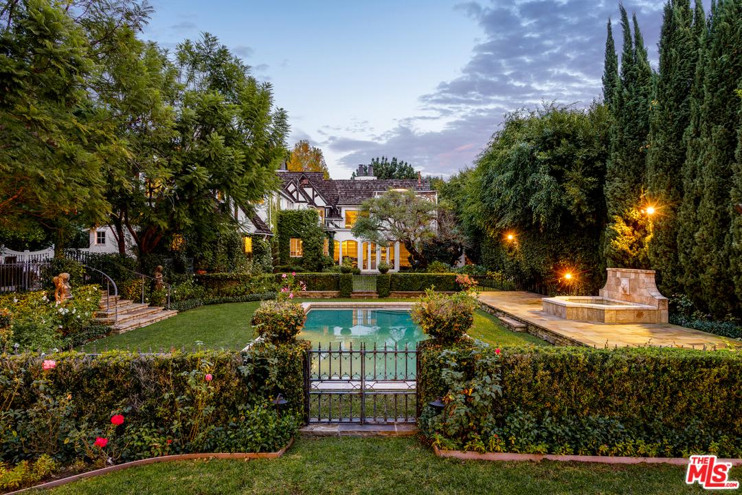 Photo of 707 North ARDEN Drive, Beverly Hills, CA 90210