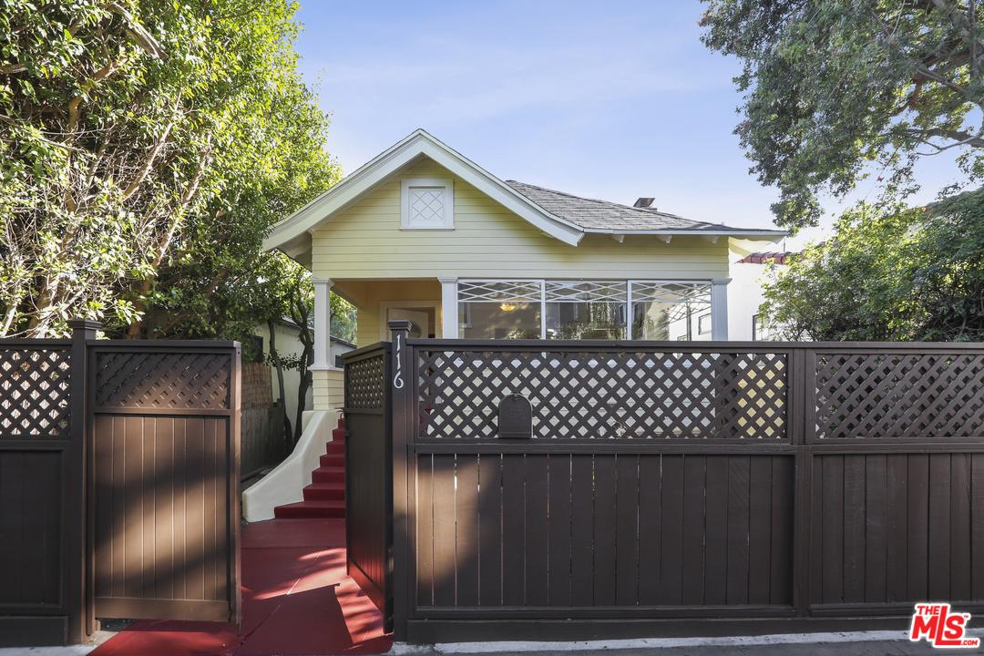 Photo of 116 BREEZE Avenue, Venice, CA 90291