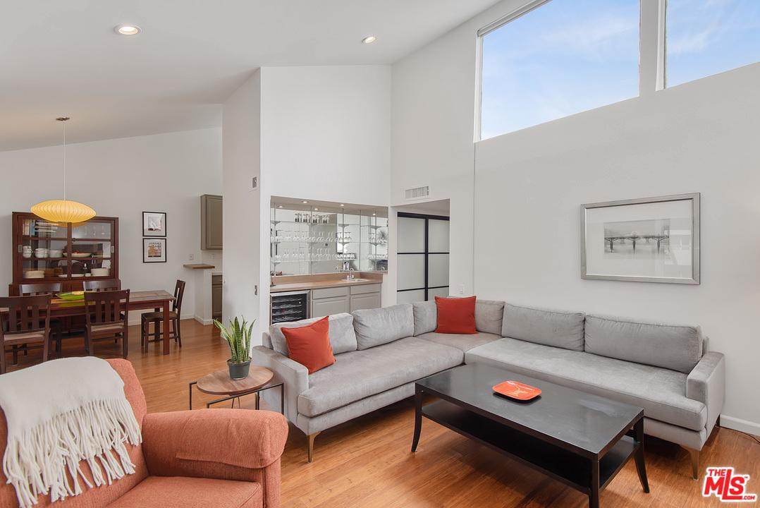 Photo of 1887 GREENFIELD Avenue #303, Los Angeles, CA 90025