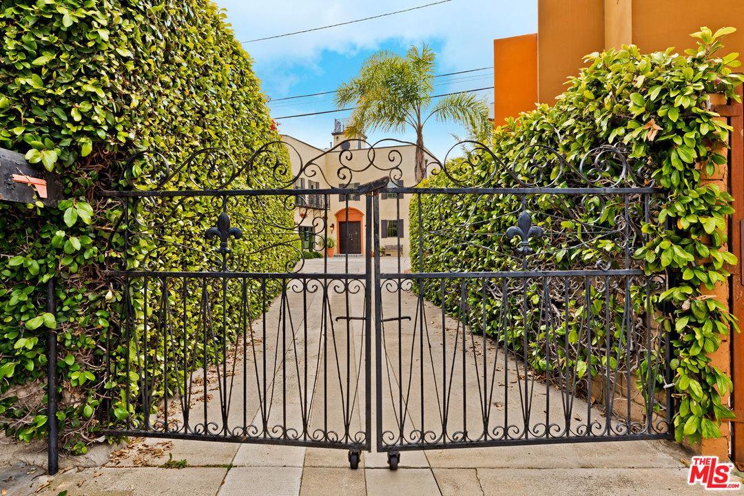 Photo of 12234 EVERGLADE Street, Los Angeles, CA 90066