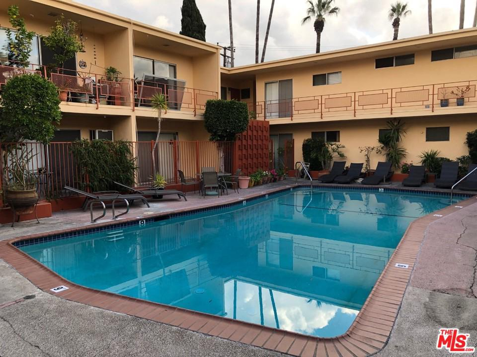 Photo of 917 LARRABEE Street #17, West Hollywood, CA 90069