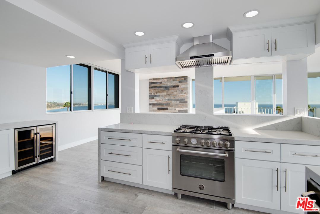 Photo of 17350 West SUNSET #505C, Pacific Palisades, CA 90272