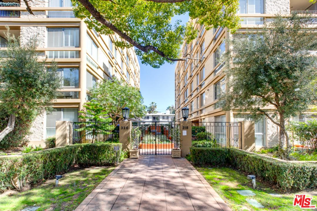 Photo of 320 North MAPLE Drive #301, Beverly Hills, CA 90210