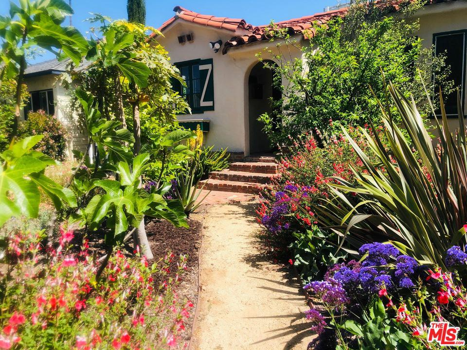 Photo of 1706 South CARMELINA Avenue, Los Angeles, CA 90025