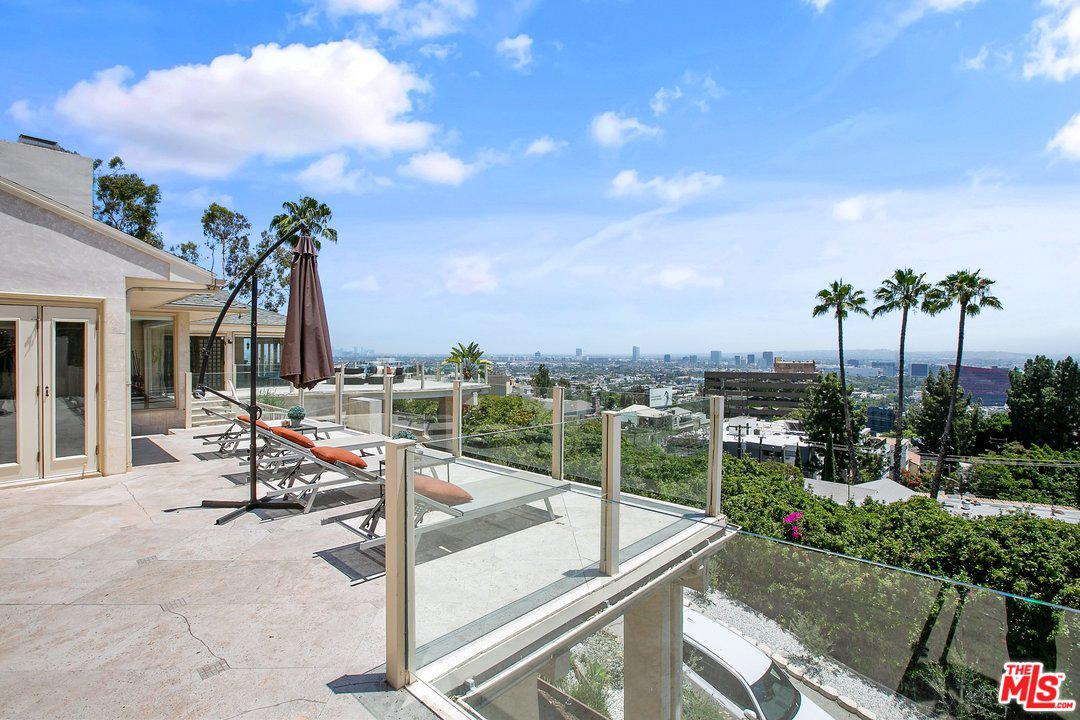 Photo of 8747 SHOREHAM Drive, West Hollywood, CA 90069