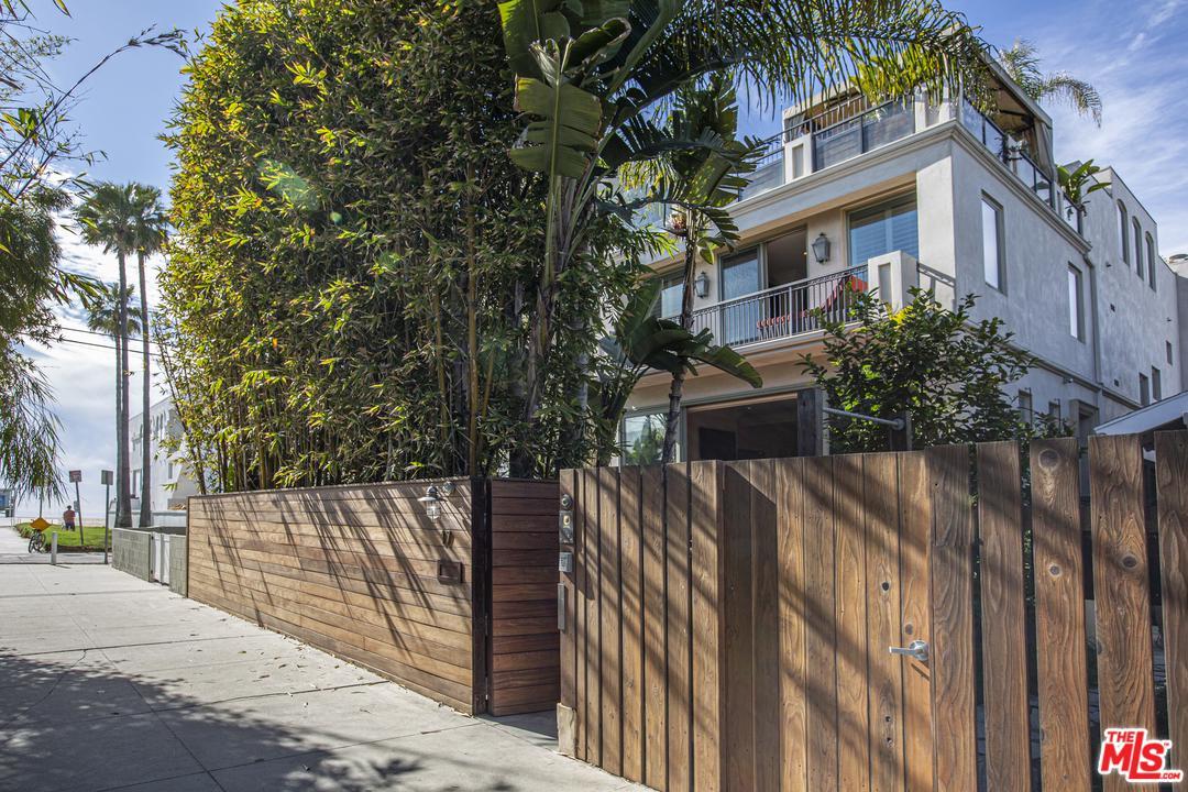 Photo of 17 GALLEON Street, Marina Del Rey, CA 90292