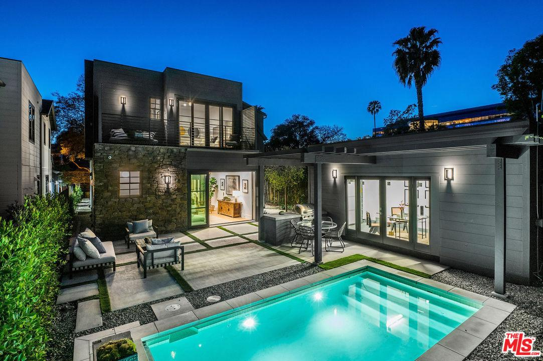 Photo of 528 NORWICH Drive, West Hollywood, CA 90048