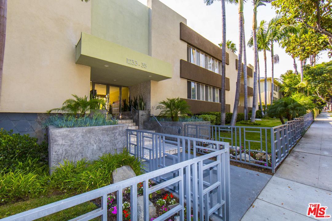Photo of 1233 North LAUREL Avenue #202, West Hollywood, CA 90046